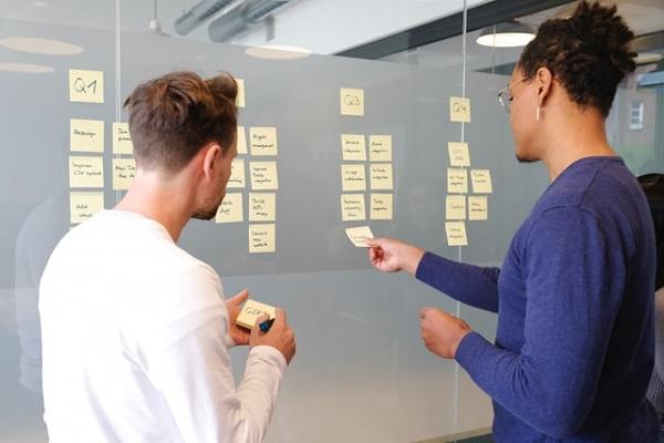 定型業務は「タスク管理」で、非定型業務は「答える価値のある問いかどうか」で考える